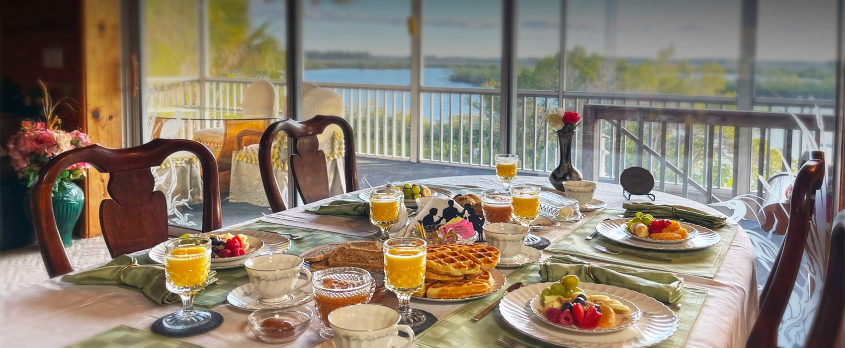 breakfast at Crystal River Lullaby B&B